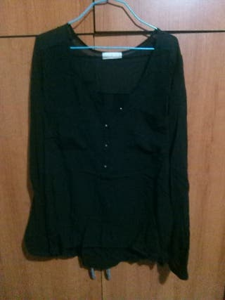 blusa negra de chica