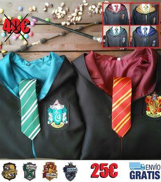 Túnica y corbata harry potter