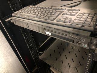 Servidor HP Proliant DL 145