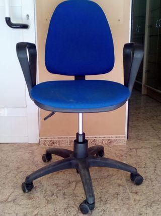 Sillas de oficina con ruedas de segunda mano en Valencia en WALLAPOP