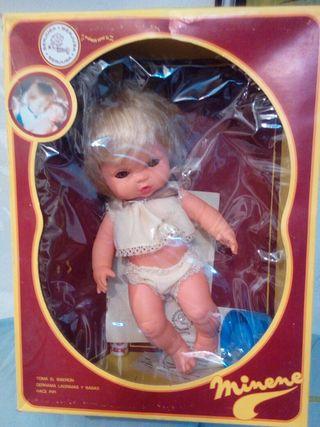muñeca antigua minene de berjusa