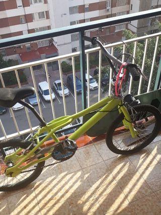 Bici tipo BMX seminueva