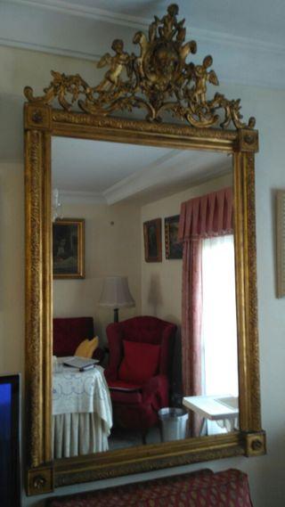 Espejo antiguo dorado de segunda mano en wallapop for Espejos segunda mano barcelona