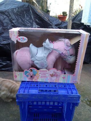 caballo de baby born