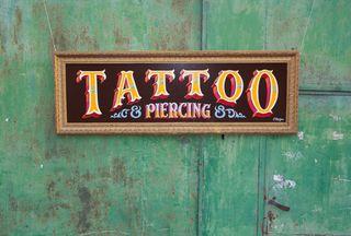 Rótulos estudios de tatuaje Tattoo Shops