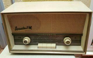 Radio antigua Telefunken Sonata fm