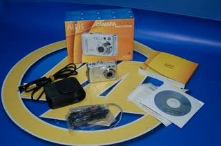 Camara digital DC60 - AIRIS con caja original