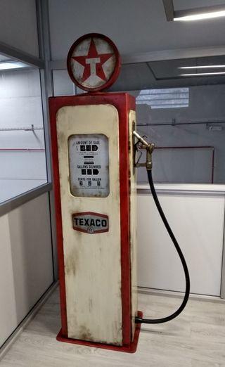 Surtidor de gasolina Texaco