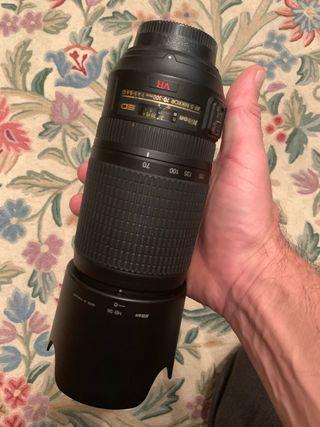 Objetivo Nikon AF 70-300 mm VR