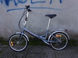 se vende bicicleta con marchas plegable