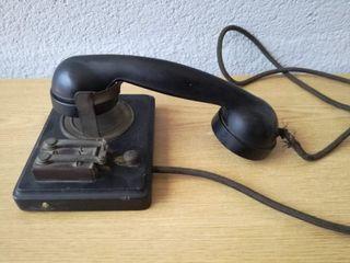 Antiguo Teléfono interno de pared de hotel