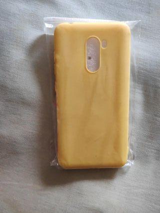 Funda amarilla Pocophone F1