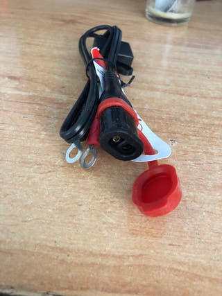 Cable auxiliar moto