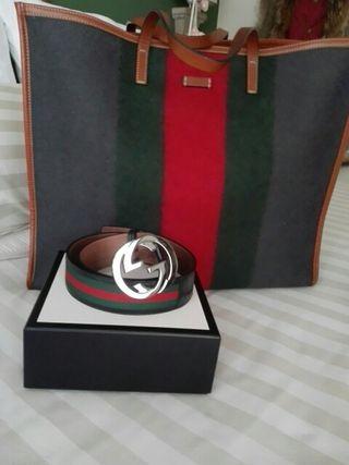 Cinturón original Gucci.
