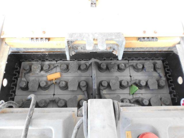 transpalet con plataforma ATLET