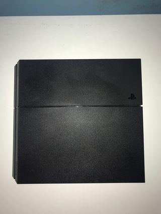 PS4 negra 500gb con caja + mando (negociable)