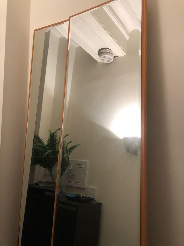 Stand Mirror, espejo