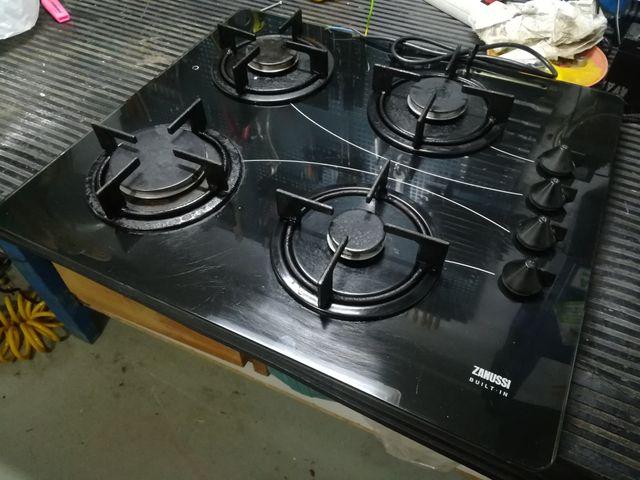 Encimera-cocina gas GLP Zanussi 4 fuegos