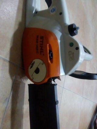 motosierra Stihl a luz( electrica)