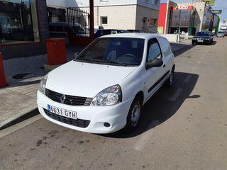 Renault Clio 2010 Van