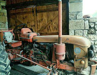 tractor renault super 7 del 77