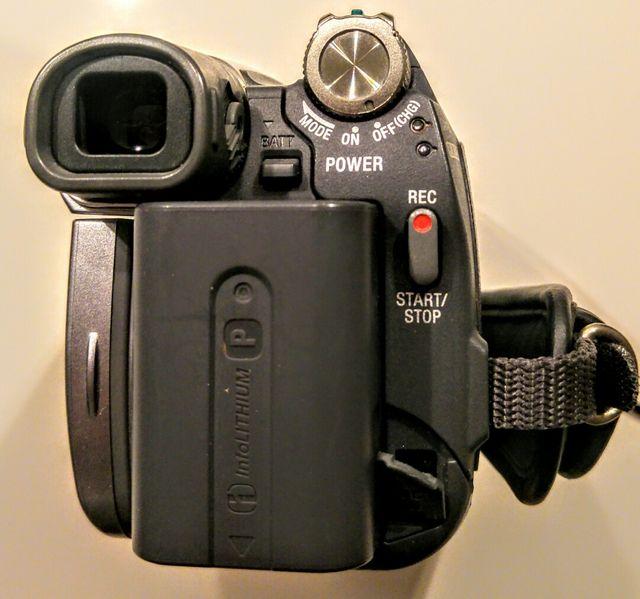 Cámara video mini DV Handycam Sony DCR- HC27
