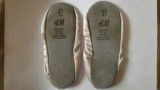 Zapatillas ballet Hello Kitty del H&M