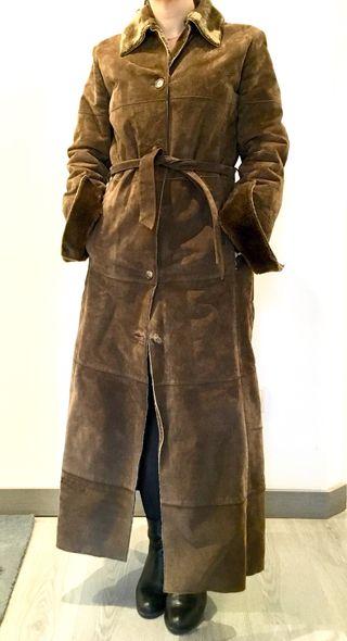 Abrigo mujer piel vuelta. T 38