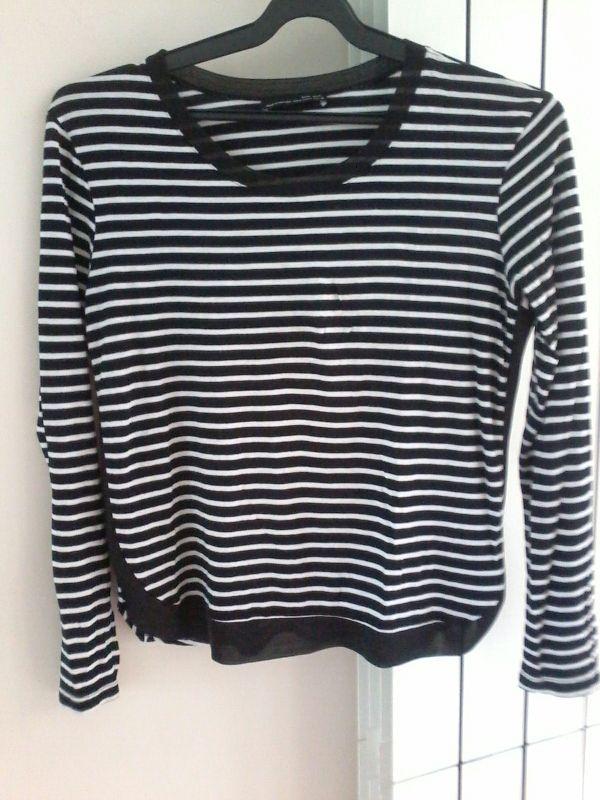 moderno y elegante en moda últimos lanzamientos profesional mejor calificado Camiseta mujer de rayas Zara de segunda mano por 10 € en ...