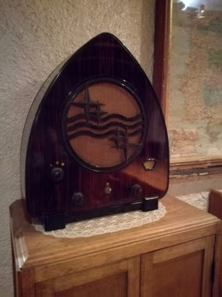 Radio Antigua Philips 930A