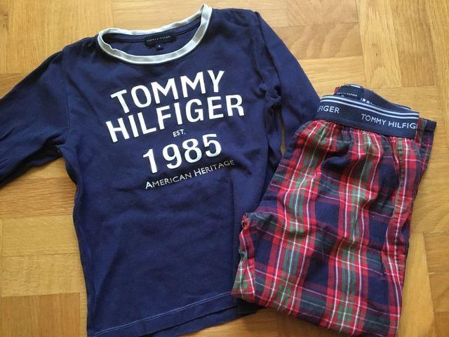 37f9e7b3b1ff2 Pijama niño Tommy Hilfiger. Talla 6 de segunda mano por 8 € en ...