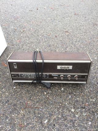 Radio antigua marca INTER