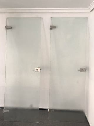 Puertas de Cristal traslúcido