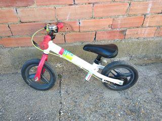 bici sin pedales decathlon , como nueva
