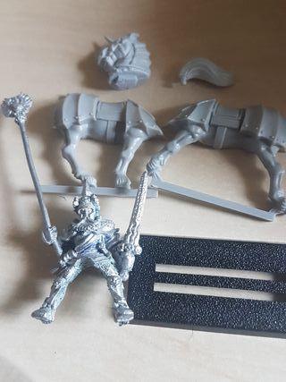 warhammer:Estandarte del Imperio Ludwing