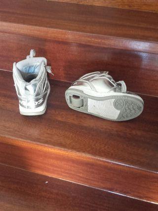Zapatillas heelis