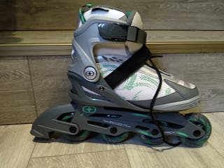 Skates and protection pack