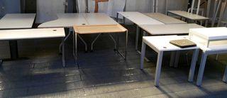 Mesas varias oficina segunda mano madrid de segunda mano por 20 en madrid en wallapop - Mesas segunda mano madrid ...