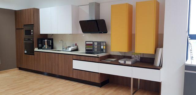 Muebles de Cocina nuevos de segunda mano por 2.950 € en La Poveda en ...