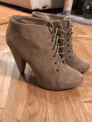 Zapato piel ZARA talla 40