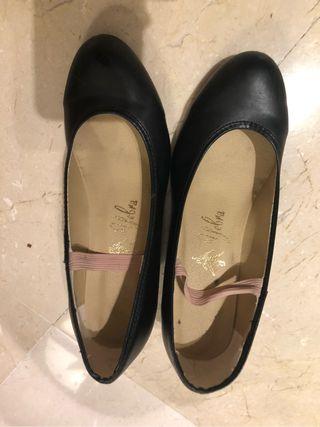 Zapatos flamenco talla 35