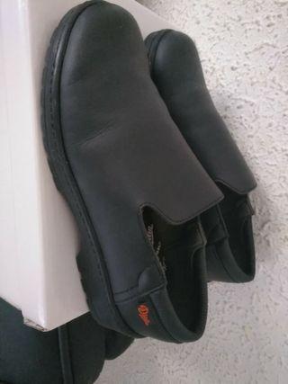 Zapatos trabajo 40/41