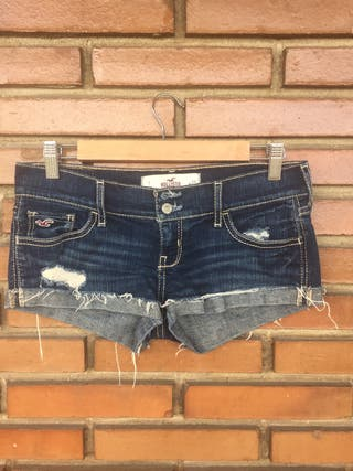 Short hollister 36