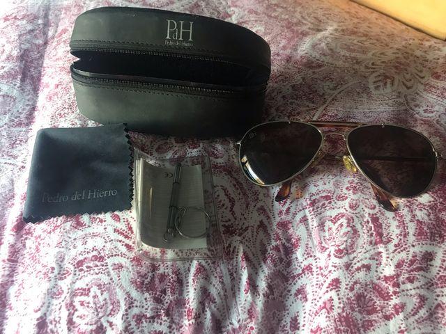 c6fe373394 Gafas de sol PEDRO DEL HIERRO de segunda mano por 25 € en Residencia ...