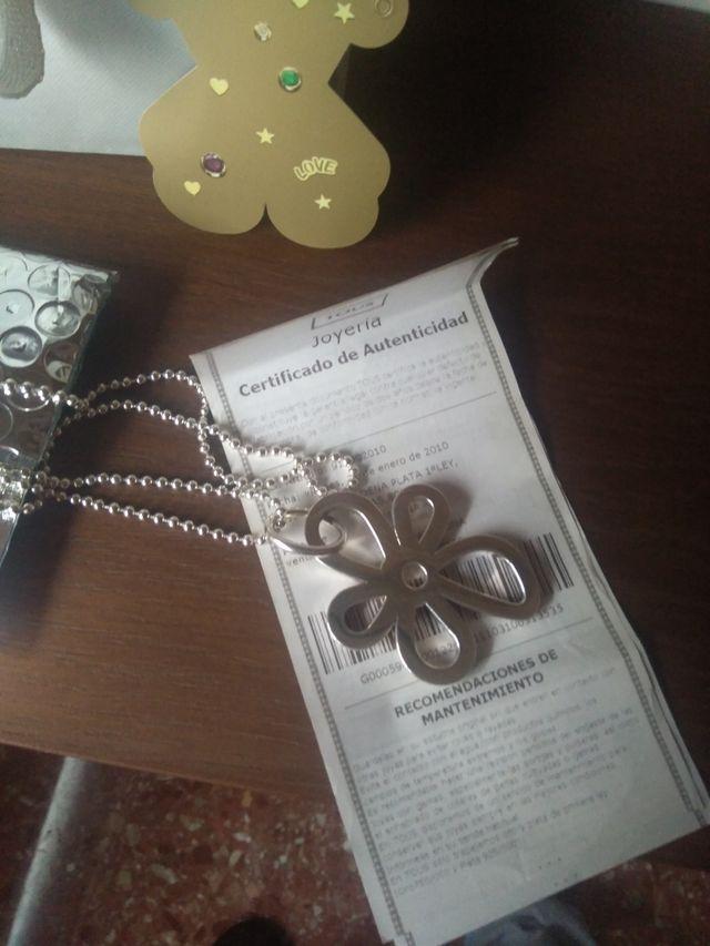 Colgante flor Duna de Tous y cadena