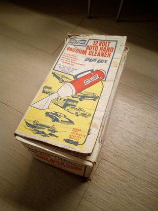Aspirador de mano decada 1960 12v para coche