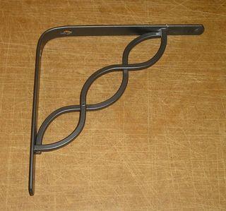 Escuadra metálica ornamental para balda, 20x20 cm