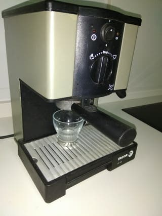 Cafetera eléctrica FAGOR