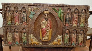Cuadro antiguo religioso de madera tallada.