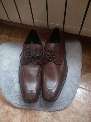 zapatos nuevos numero 45